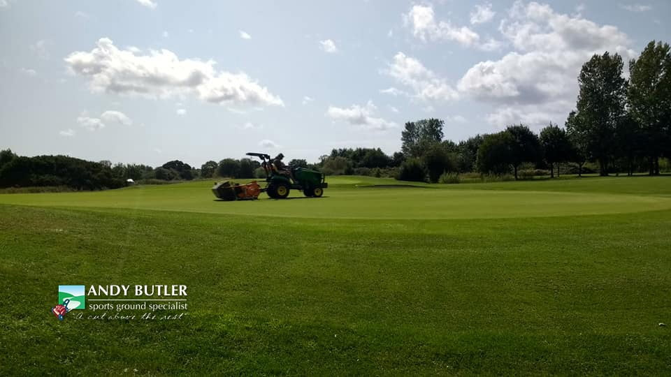 golfing greens maintance at ddsbury luxury golf club ferndown august 2019 e andy butler sports ground specialist 1